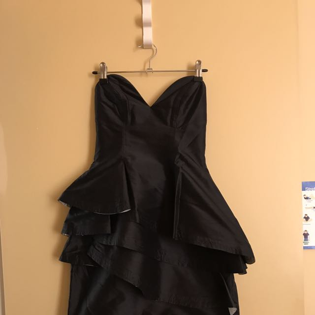 Manning Cartell Size 6 Black Dress Formal Cocktail Ball Dress Mini Dress