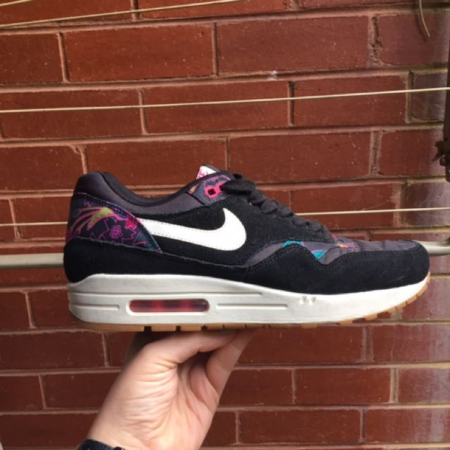 NIKE Air Max Aloha Pack Women's Size 10