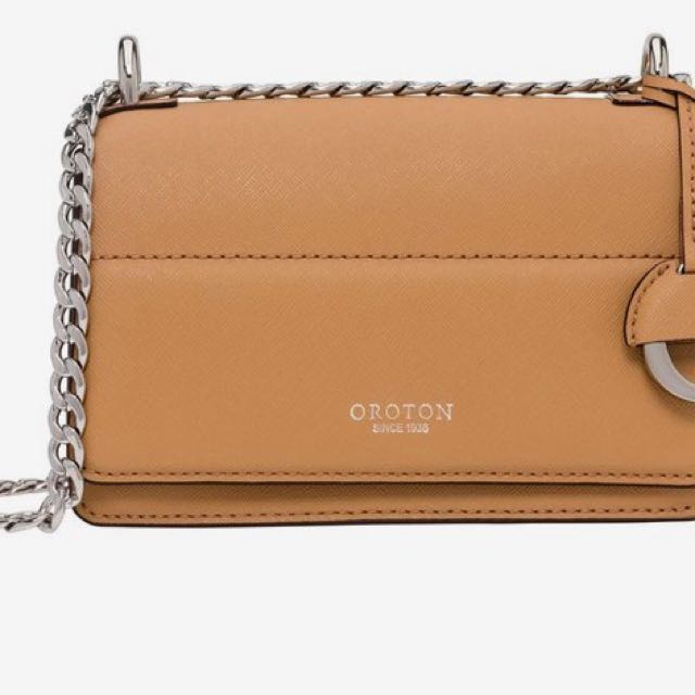 7476f6858a2e Oroton Forte Handbag
