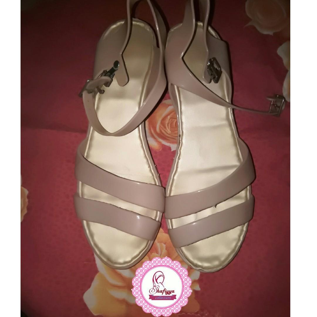 Sepatu Sandal High Hils Karet