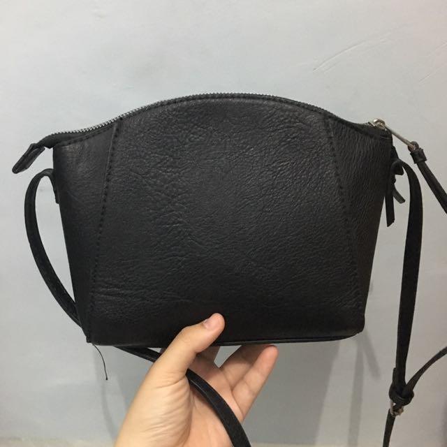 Stradivarius Trapesium Bag