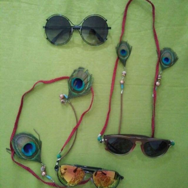 Strap Glasses
