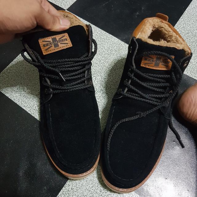 Thailand Boots/Shoes For Men!