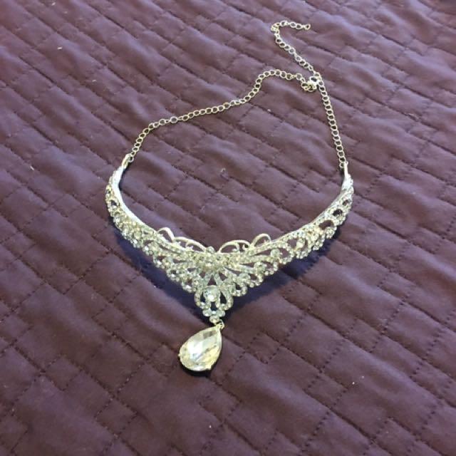 Tiara/Choker ... silver colour ...$15