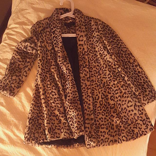 Vintage Style Swing-coat in Leopard Print