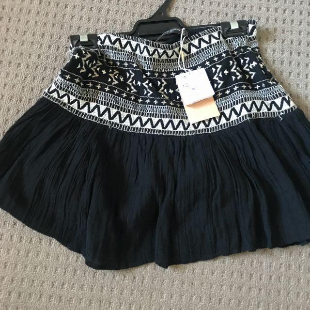 Zara XS skirt