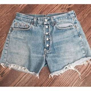 Levis vintage high-waisted denim shorts