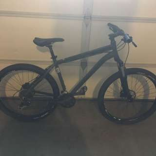 Rocky Mountain Hardtail Mountain Bike
