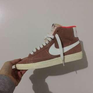 Nike Blazer Hi Top(sample)