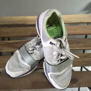 Nike Free Ukuran 40.5