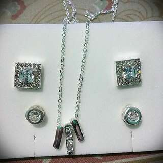 Silver Earings and Necklace