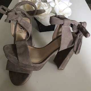 NUDE VINCE CAMUTO