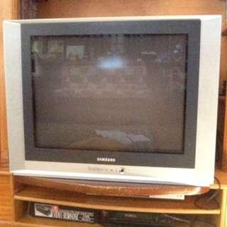 32-inch Box Type TV SAMSUNG
