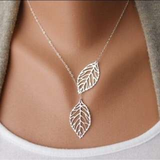 Necklace.  BRAND NEW