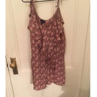 Witchery floral Playsuit size 14