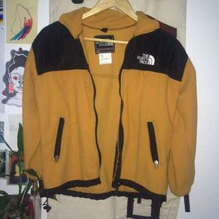 northface zip up jumper