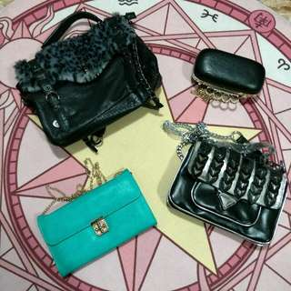 Assorted handbags/clutches
