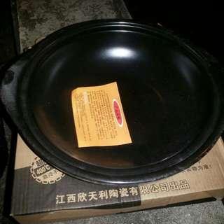 Multi functional heat resistant ceramic stone pot Black colour