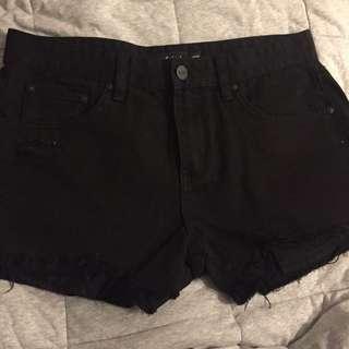 NEW Sportsgirl Shorts size 10