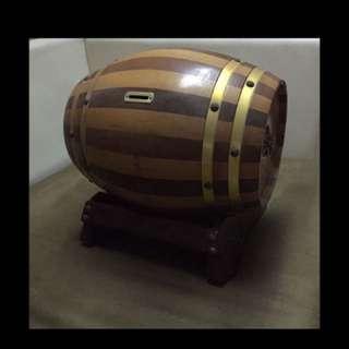 Antique barrel saving box