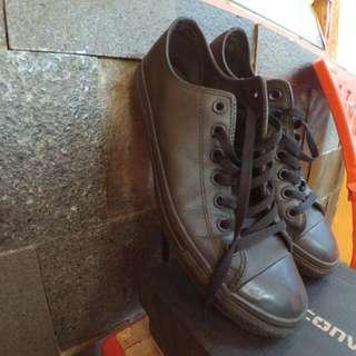 Sepatu Converse Full Black kulit