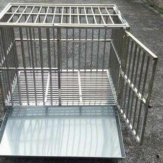 狗籠    3呎2呎   不鏽鋼的尿盆    5000