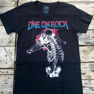 ONE OK ROCK 2016 Special Live in Nagisaen T-shirt B  Size: Small (68 cm length / 46 cm width /16 cm sleeve length)  Item condition: Used / Authentic  ¥ 3,000 original price (approx. Php 1,300.00)  Selling price: 1,000.00 including shipping fee.