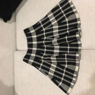 Black White Plaid Skater Skirt