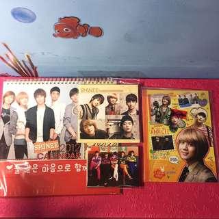 SHINee 月曆、寫真集、小卡、筆記本