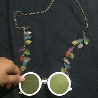 tali kacamata