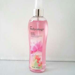 Bodycology Sweet Petals by Bodycology Fragrance Mist Spray 8 oz Women