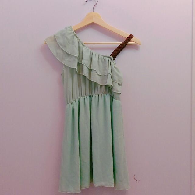 藍綠色斜肩荷葉邊雪紡洋裝