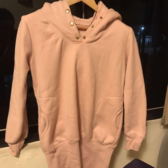 粉色長版上衣👕