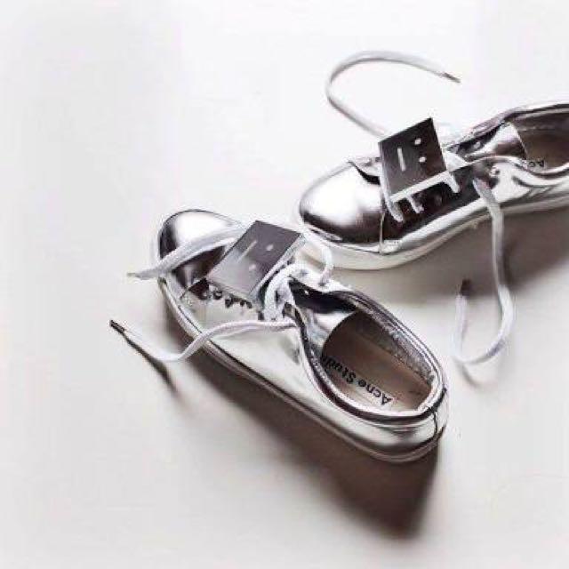 ACNE Adriana Sneakers
