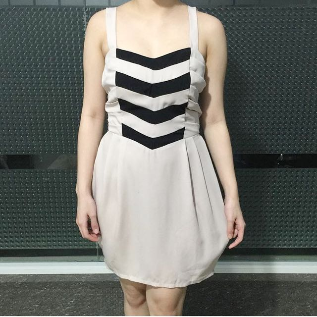 Arrow Beige Dress