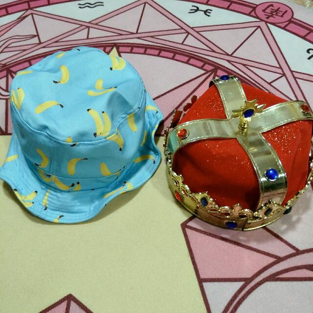 ★ Assorted hats