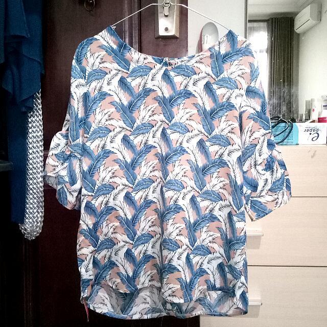 Baju Motif Feather