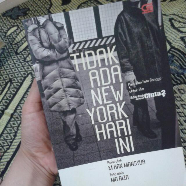 Buku Tidak Ada Newyork Hari Ini