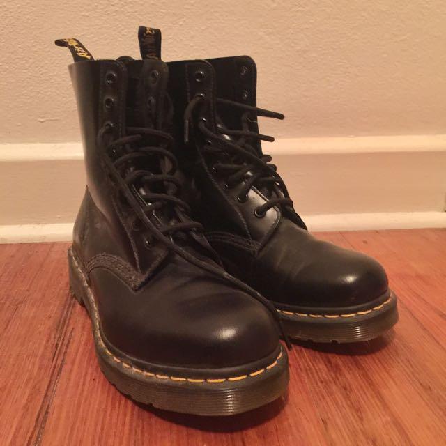 Doc Martens Air Wair Boots