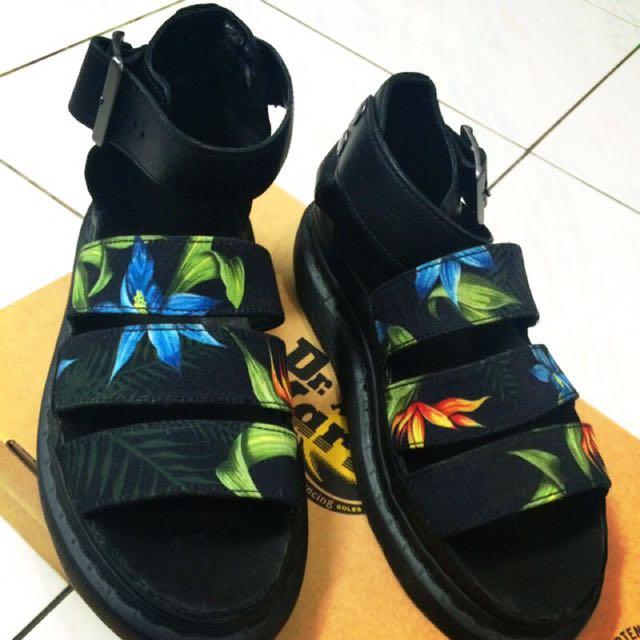 Dr. Martens Clarissa Hawaiian 花花 涼鞋 Uk5