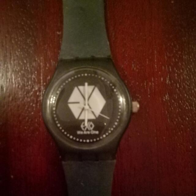 Exo Watch (Black)