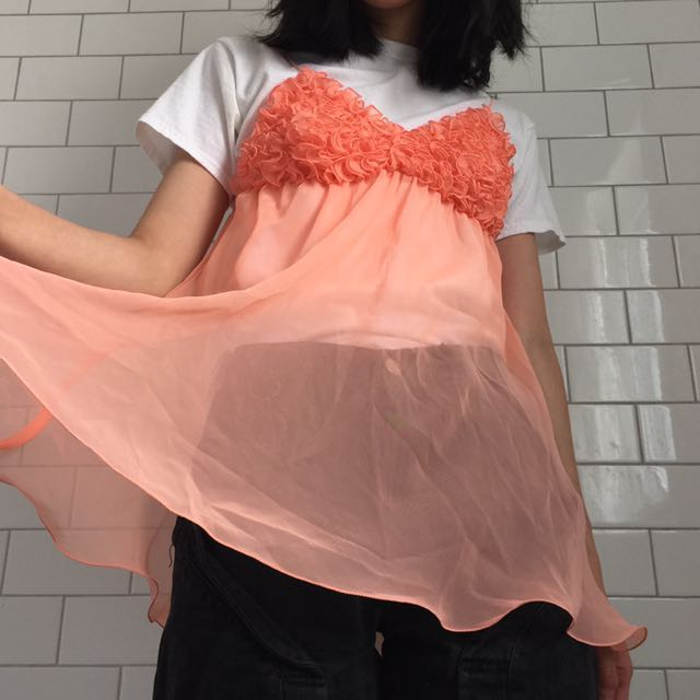 floaty peach pink top