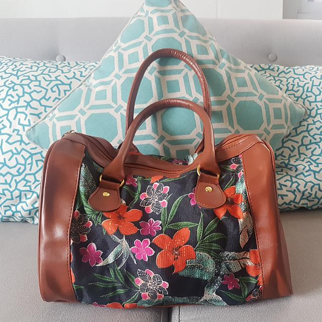 REPRICED! Floral Doctor's Bag
