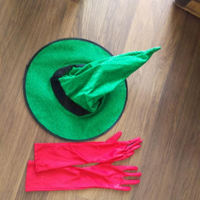 Halloween Costume -witches Hat And Gloves