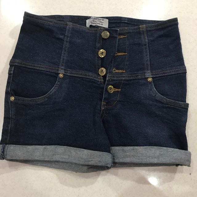 Highwaist Blue Jeans #ClearanceSale
