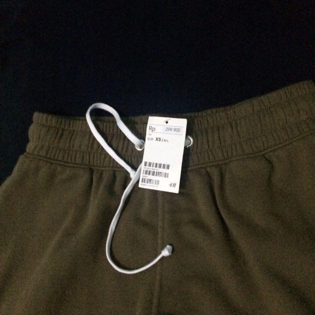 Hnm Mid Length Shorts