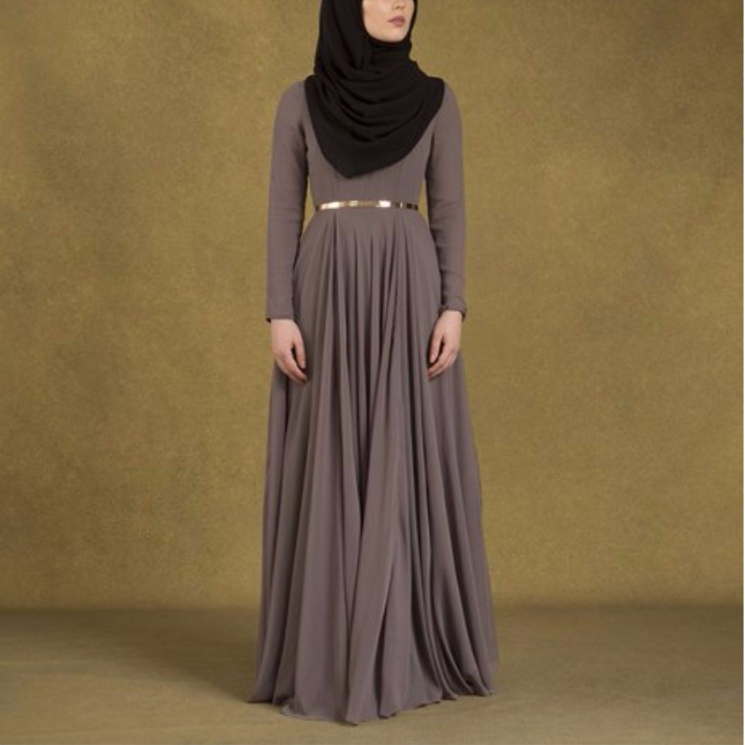 1cfd6b80f1 INAYAH Grey Arya Evening Gown *NEGOTIABLE*, Women's Fashion, Muslimah  Fashion on Carousell