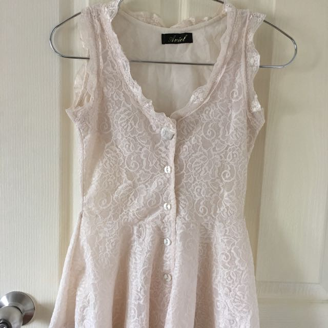 Lacey Sleeveless Top