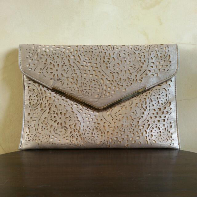 NEU LOOK Gold Envelope Clutch Bag ➖ Tas Pesta NEU LOOK