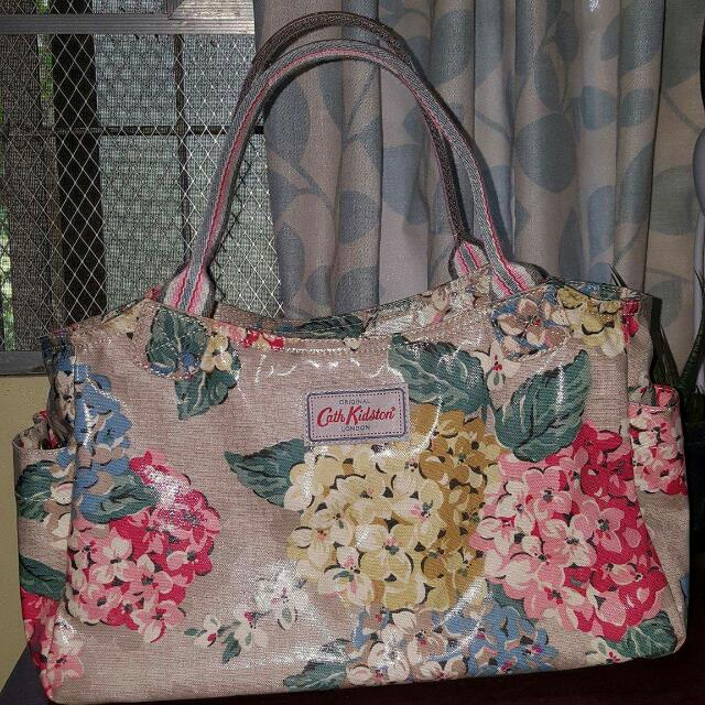 3c1b053e1abc On Hold- New With Tags Cath Kidston London Hydrangea Day Bag Color ...